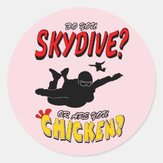 Pegatina Redonda ¿Skydive o pollo? (negro)