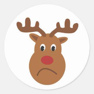 Pegatina redondo del navidad triste del reno,