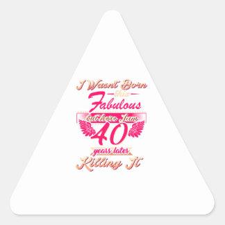 Pegatina Triangular 65.a camiseta linda del regalo de la fiesta de