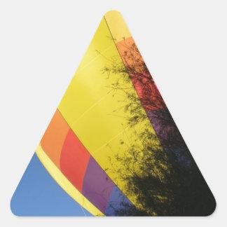 Pegatina Triangular Amarillo con cresta