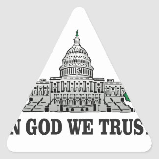 Pegatina Triangular capital en dios que confiamos en