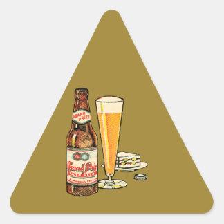 Pegatina Triangular Cerveza de cerveza dorada premiada magnífica