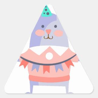 Pegatina Triangular El conejo con el fiesta atribuye enrrollado