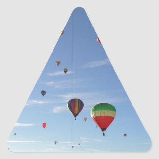 Pegatina Triangular El mirar a escondidas hacia fuera