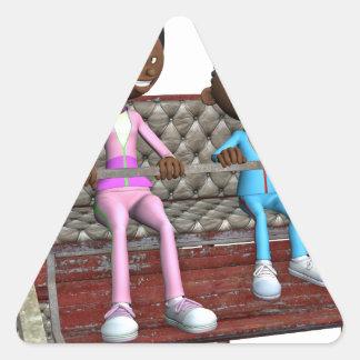 Pegatina Triangular Madre e hijo del dibujo animado en una noria