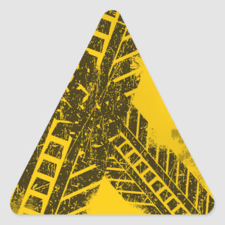 Pegatina Triangular Marca de camino negra apenada Grunge de la pista