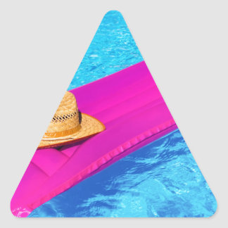 Pegatina Triangular Mattrass rosados del aire con el gorra en piscina