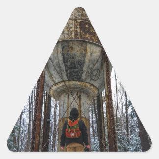 Pegatina Triangular Mundo extraño