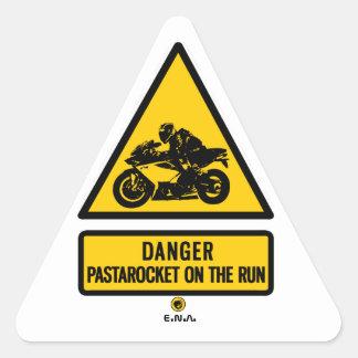 Pegatina Triangular Pastarocket del peligro en el funcionamiento