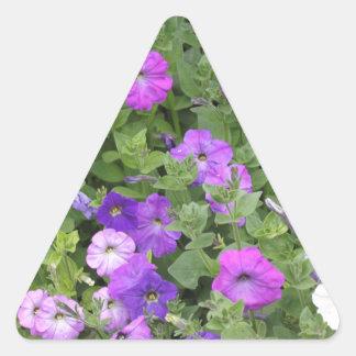 Pegatina Triangular Petunia púrpura del tema del jardín de la