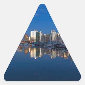 Pegatina Triangular Reflexión azul de la hora de Vancouver A.C.