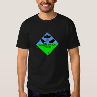 Peligro de la transformación de la clase 10 camisetas