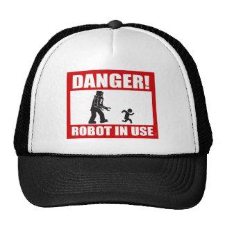 ¡Peligro! Gorra funcionando del robot