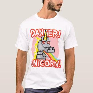 ¡Peligro! ¡Unicornio! Camiseta