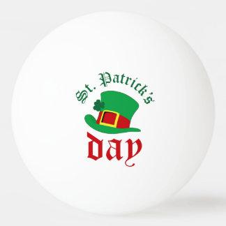 Pelota De Ping Pong El día de St Patrick