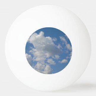 Pelota De Ping Pong Nubes blancas/grises y cielo azul