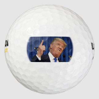 Pelotas de golf del triunfo (el señalar del dedo