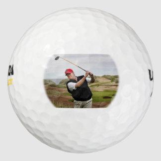 Pelotas de golf del triunfo (oscilación del