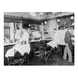 Peluquería de caballeros de New York City, 1895 Postal