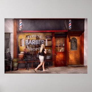 Peluquero - barbería - hora para un corte de pelo póster