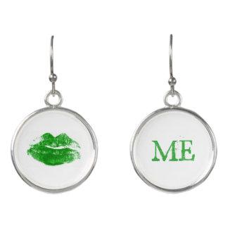 Pendientes Béseme que soy beso verde irlandés del lápiz