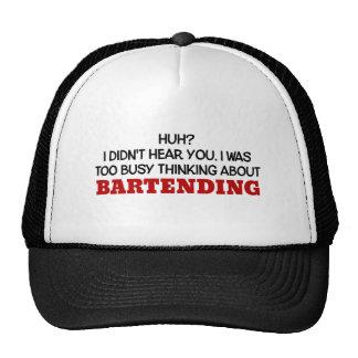 Pensamiento demasiado ocupado en servir gorras de camionero