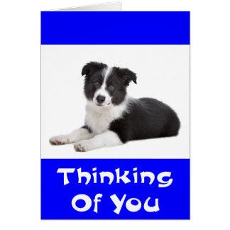 Pensamiento en la tarjeta del perro de perrito del