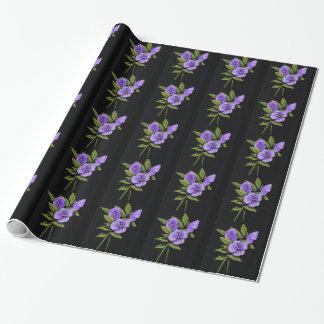 Pensamientos púrpuras, violas: Lápiz del color en Papel De Regalo