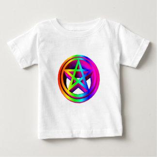 pentáculo tridimensional #3 del arco iris camisetas