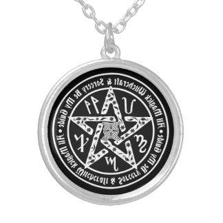 Pentagram de la escritura del espejo de la collares