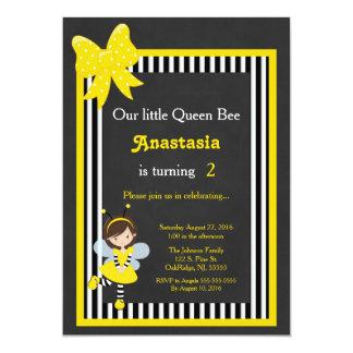 Pequeña abeja reina invitación 12,7 x 17,8 cm