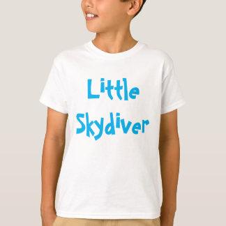 Pequeña camisa del Skydiver