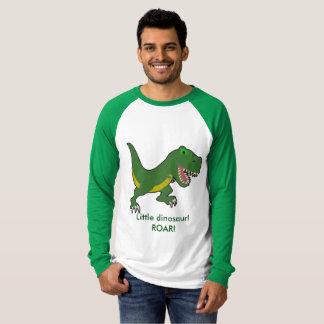 Pequeña camiseta de largo envuelta del dinosaurio