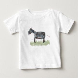 Pequeña camiseta feliz del burro