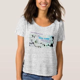 Pequeña flor - camiseta del raglán de las mujeres