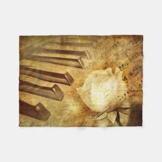 Pequeña manta del paño grueso y suave del piano