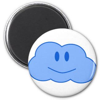 Pequeña nube feliz imán