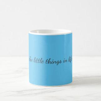 Pequeñas cosas taza de café