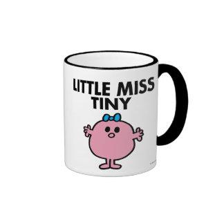 Pequeñas letras negras de Srta. Tiny el | Taza De Dos Colores