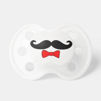 Pequeño bigote del hombre y Bowtie rojo divertidos Chupete
