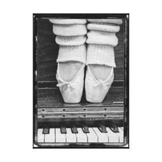 Pequeño blanco y negro del dúo del ballet del lona estirada galerias