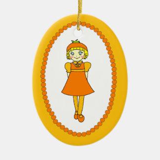Pequeño chica anaranjado de la fruta adorno ovalado de cerámica