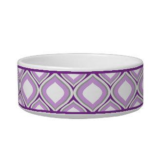 Pequeño cuenco de cerámica púrpura del perro de
