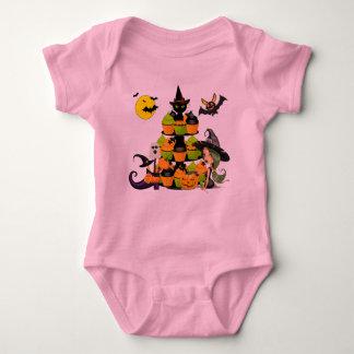 Pequeño mono del jersey del bebé de la bruja