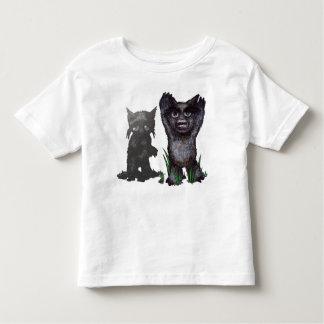 pequeño monstruo camisetas