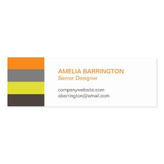 Pequeño profesional creativo anaranjado de las tarjetas de visita mini