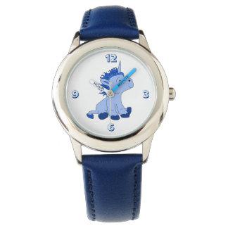 Pequeño unicornio azul lindo reloj
