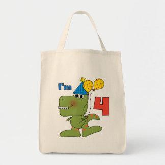Pequeños 4tas camisetas y regalos del cumpleaños d bolsas