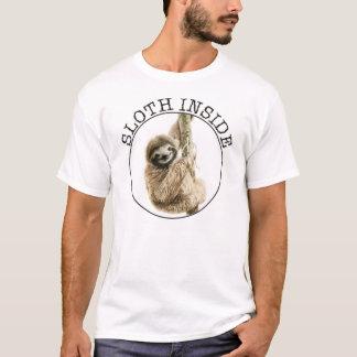 Pereza dentro camiseta