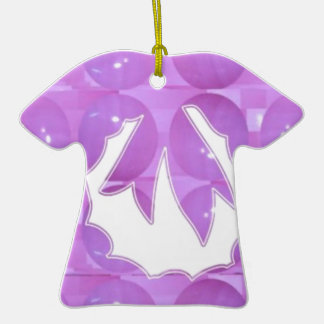 Perla PÚRPURA - el diseño de la guirnalda basó el Adorno De Cerámica En Forma De Camiseta